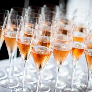 alcoholic-beverage-bar-beverage-2544835